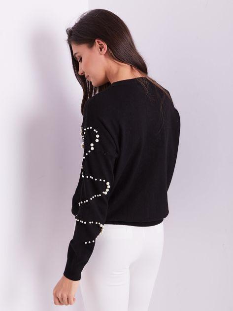 SCANDEZZA Czarny sweter z perełkami                              zdj.                              3