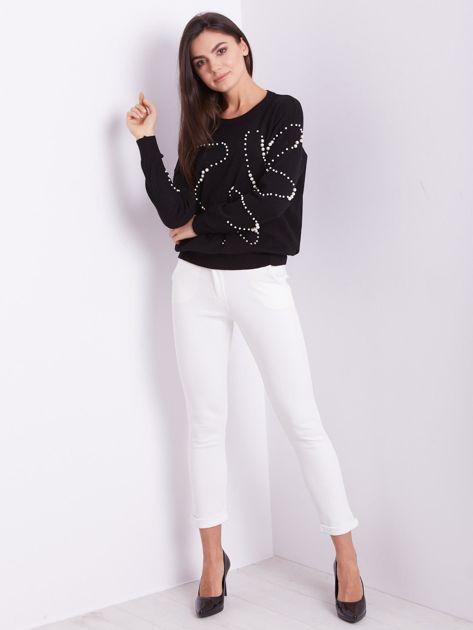 Czarny sweter z perełkami                              zdj.                              9