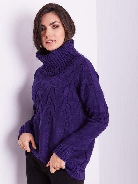 Fioletowy sweter golf w warkocze                              zdj.                              5