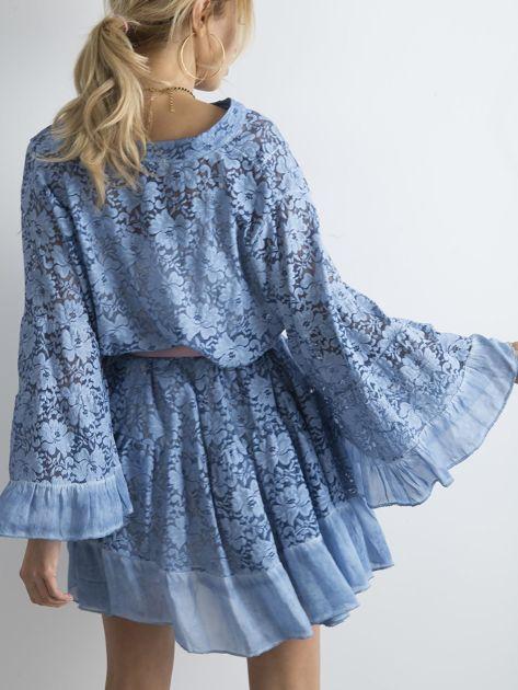 Niebieska luźna sukienka z koronki                              zdj.                              2