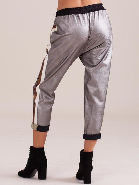 Srebrne skórzane spodnie                              zdj.                              4