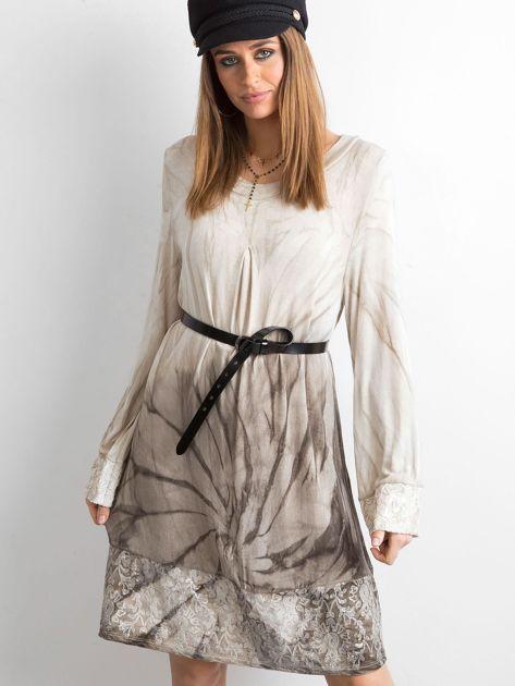 Sukienka z cekinami beżowa                              zdj.                              3