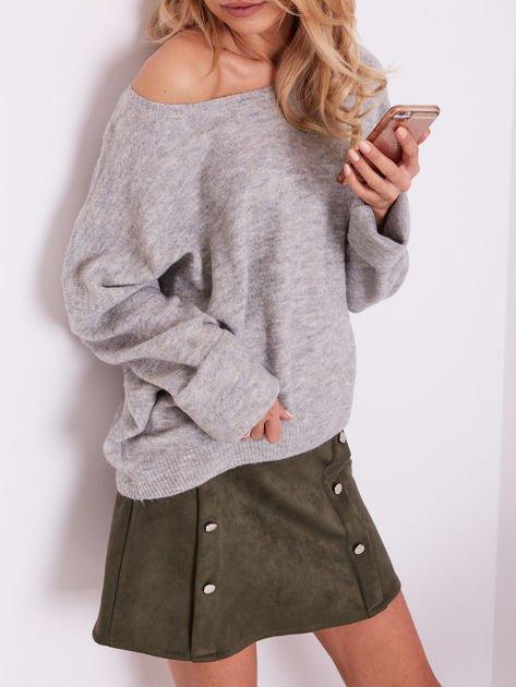 Szary dzianinowy sweter                              zdj.                              2