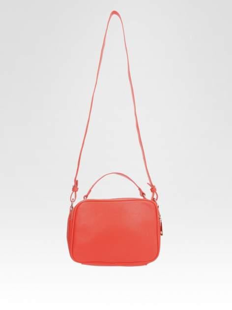 STRADIVARIUS Czerwona torbka listonoszka na pasku                                  zdj.                                  2