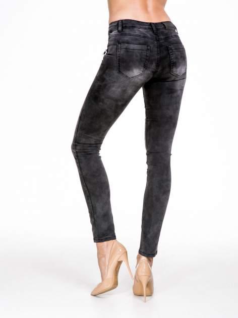 STRADIVARIUS Szare spodnie typu skinny jeans z suwakami                                  zdj.                                  2