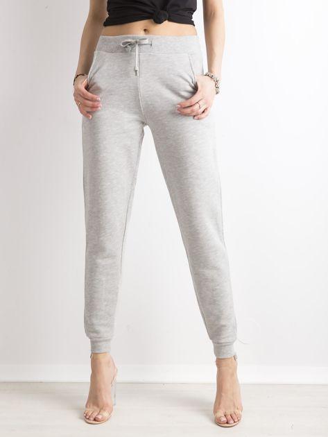 Spodnie dresowe z bawełny szare                              zdj.                              1