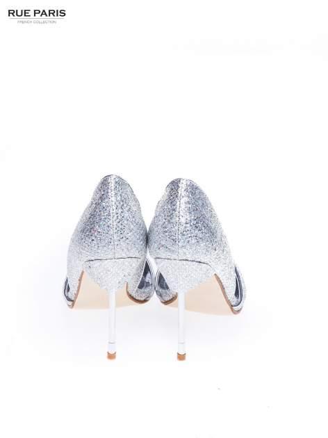 Srebrne szpilki glitter na metalowej szpilce                                  zdj.                                  3