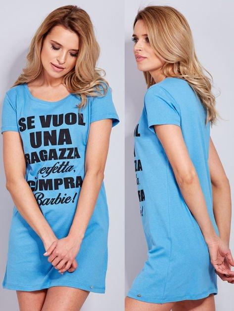 Sukienka bawełniana z napisami niebieska                                  zdj.                                  1