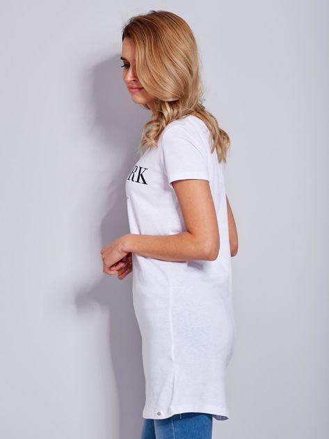 Sukienka biała bawełniana z nazwami miast                                  zdj.                                  6