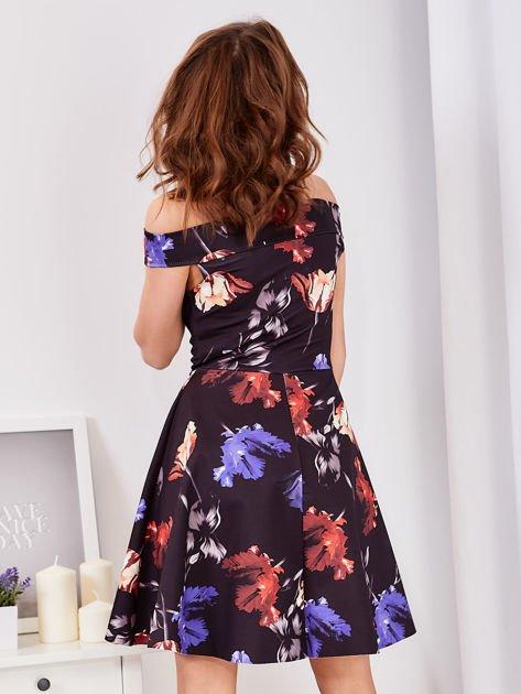 Sukienka czarna w tulipany                              zdj.                              2