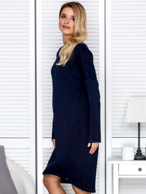 Sukienka damska dresowa o luźnym kroju granatowa                              zdj.                              5