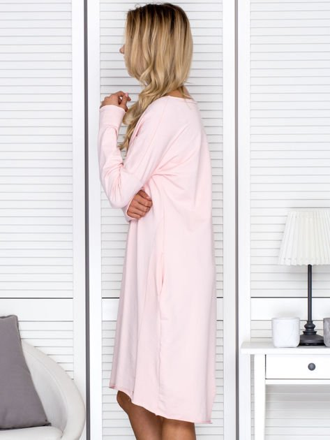 Sukienka damska dresowa o luźnym kroju różowa                              zdj.                              5