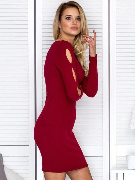 Sukienka damska z wycięciami na rękawach w prążek bordowa                                  zdj.                                  3