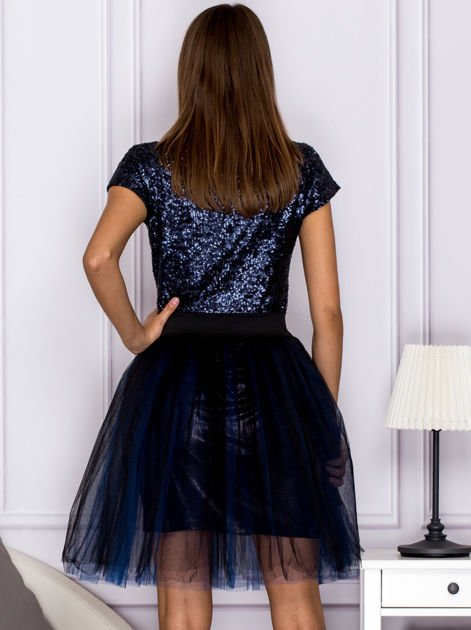 Sukienka koktajlowa z tiulem i cekinami granatowa                              zdj.                              2