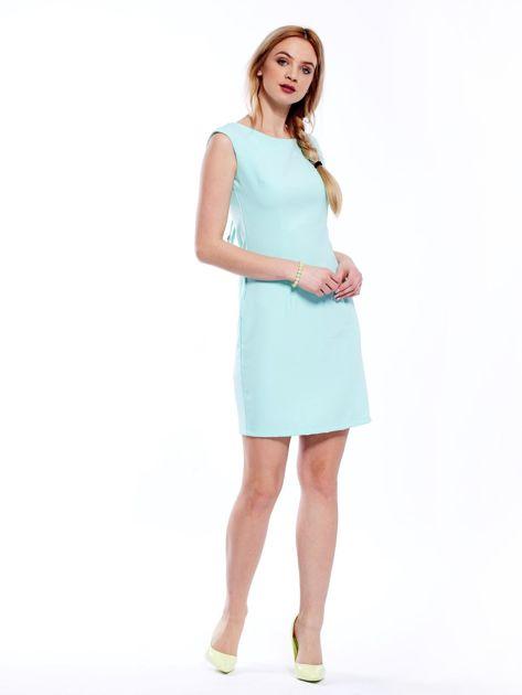 Sukienka miętowa z wiązaniem z tyłu                              zdj.                              4