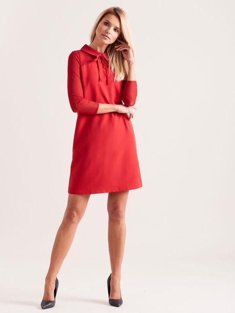 Sukienka z kołnierzykiem czerwona                              zdj.                              4