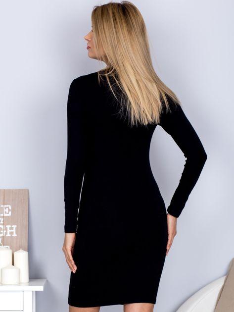 Sukienka z ozdobnym sznurowaniem czarna                              zdj.                              2