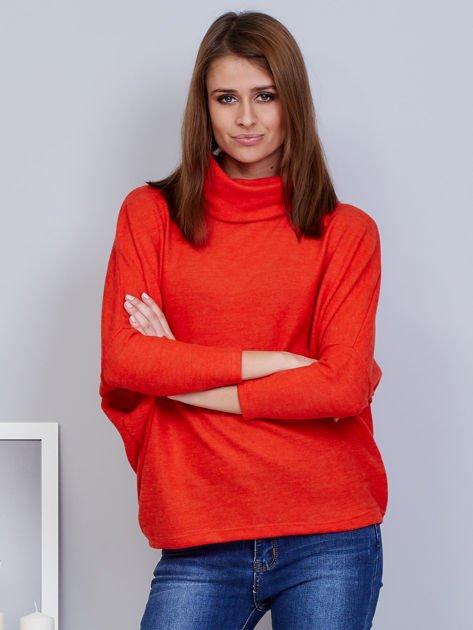 Sweter koralowy z miękkim kołnierzem                              zdj.                              1