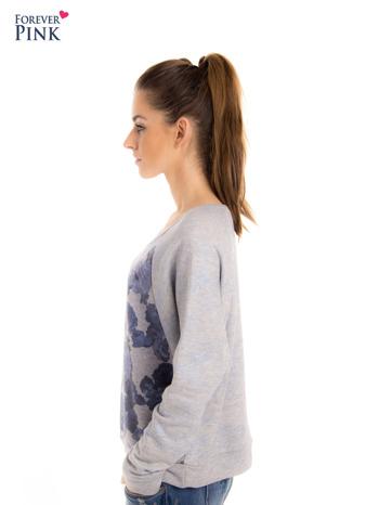 Szara bluza z floral printem i reglanowymi rękawami                                  zdj.                                  6