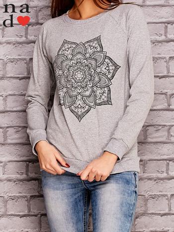 Szara bluza z ornamentowym nadrukiem                                  zdj.                                  1