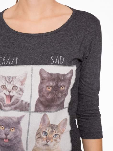 Szara bluzka z nadrukiem kotów                                  zdj.                                  5