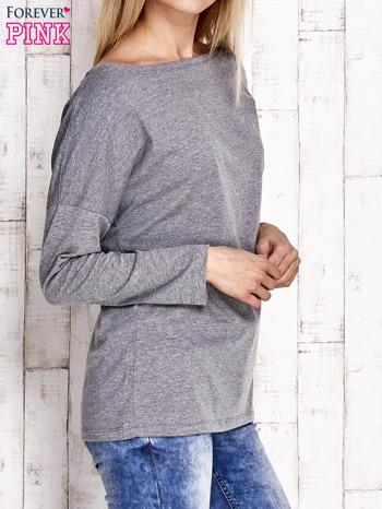 Szara bluzka z wycięciem na plecach i kokardą                                  zdj.                                  3