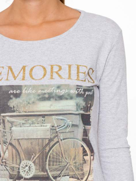 Szara bluzka z złotym brokatowym napisem MEMORIES                                  zdj.                                  6