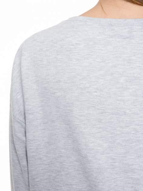 Szara dresowa bluza z nadrukiem królika                                  zdj.                                  7