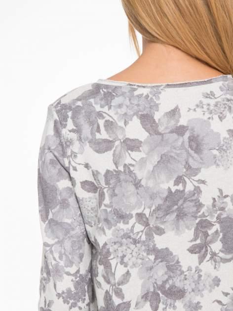 Szara kwiatowa bluza z napisem VOILÀ przeplatana błyszczącą nicią                                  zdj.                                  9
