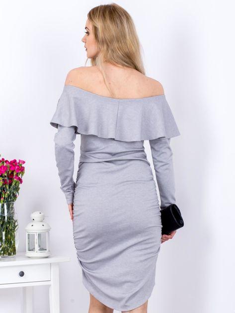 Szara marszczona sukienka z dekoltem carmen                              zdj.                              2
