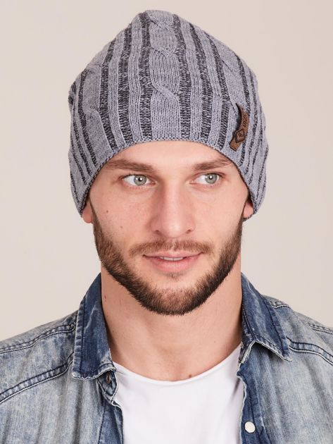 Szara męska zimowa czapka w warkocze                              zdj.                              1