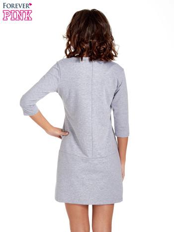 Szara prosta sukienka z kieszeniami                                   zdj.                                  4