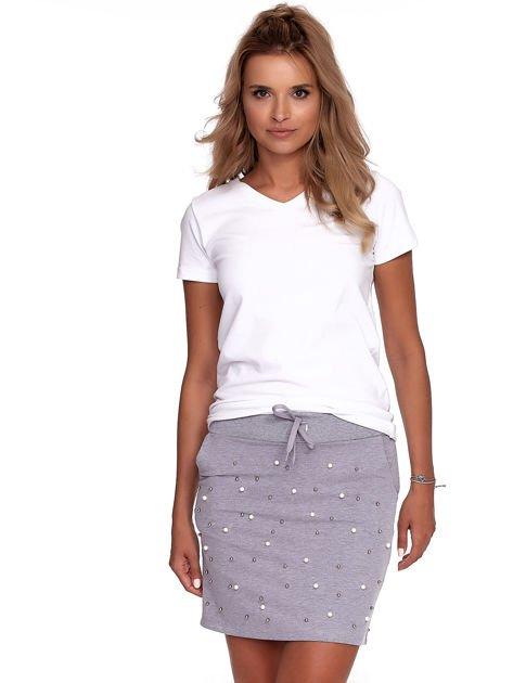 Szara spódnica dresowa z perełkami i kieszeniami                              zdj.                              7