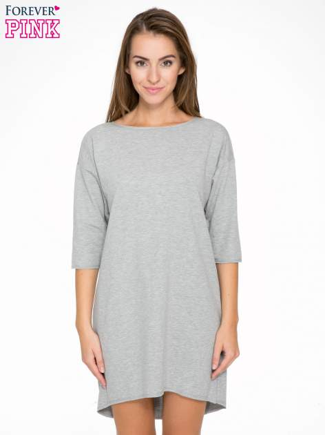 Szara sukienka oversize z surowym wykończeniem