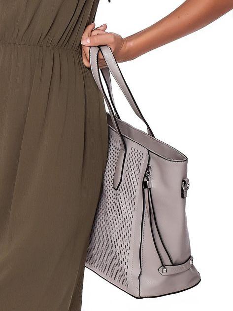 Szara torba shopper z ażurowaniem i odpinanym paskiem                              zdj.                              6