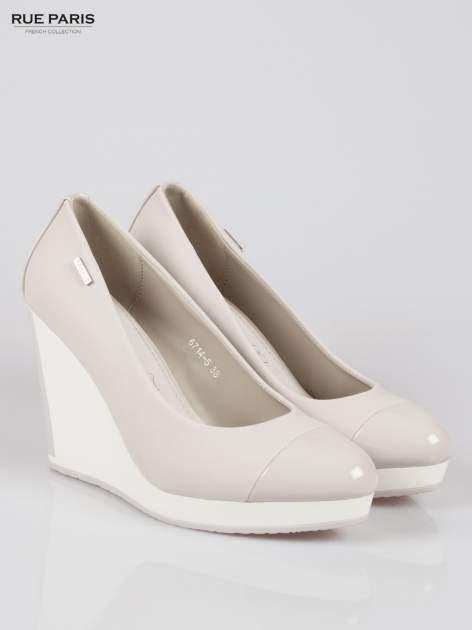 Szare buty damskie na kontrastowym koturnie                                  zdj.                                  2