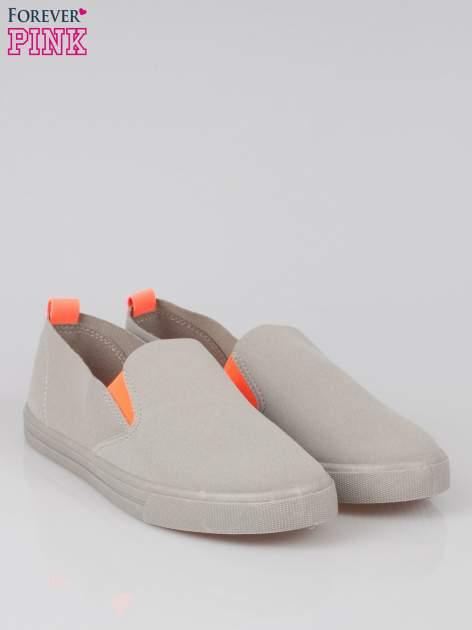 Szare buty slip on z fluo gumką                                  zdj.                                  2