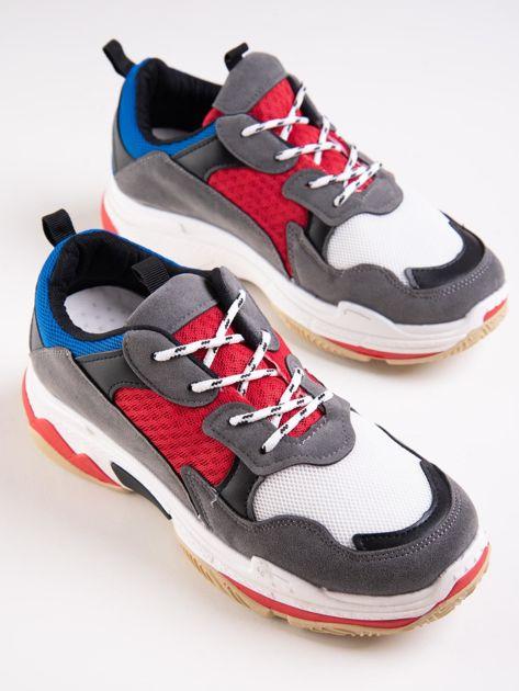 Szare buty sportowe z kolorowymi sznurówkami i czerwoną wstawka na podeszwie                              zdj.                              5