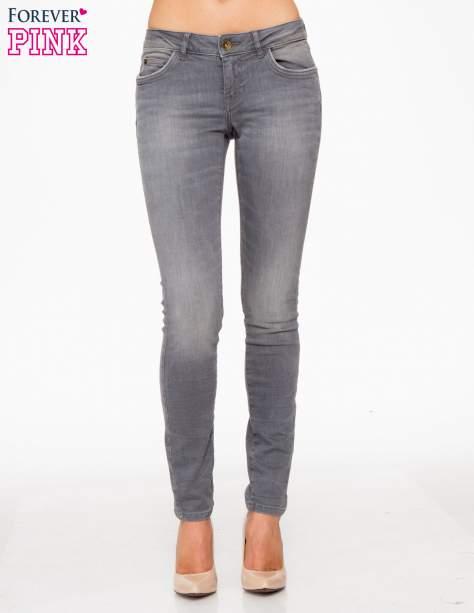 Szare spodnie jeansowe rurki z lekkim cieniowaniem                                  zdj.                                  1