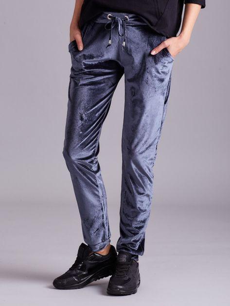 Szare welurowe spodnie z troczkami                              zdj.                              1