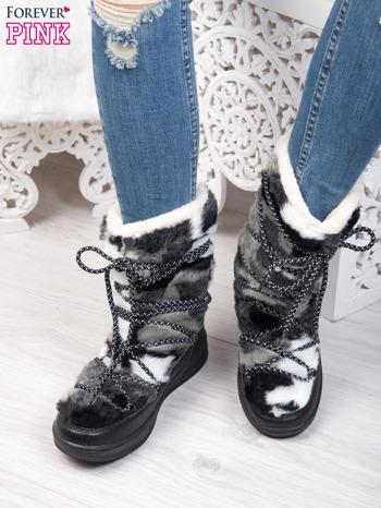 Szaro-białe pluszowe śniegowce z kolorowymi sznurówkami na ciemnej podeszwie                                  zdj.                                  5