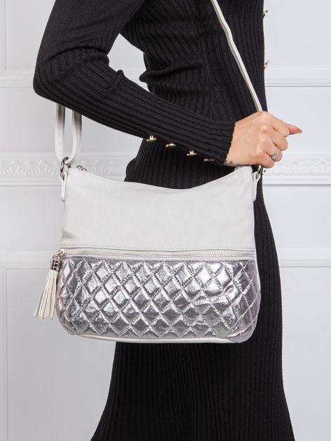 Szaro-srebrna torebka z pikowaniem