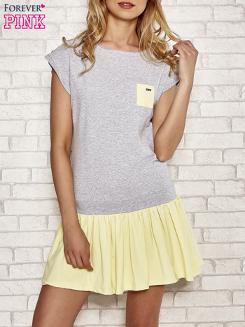 Szaro-żółta dresowa sukienka tenisowa z kieszonką