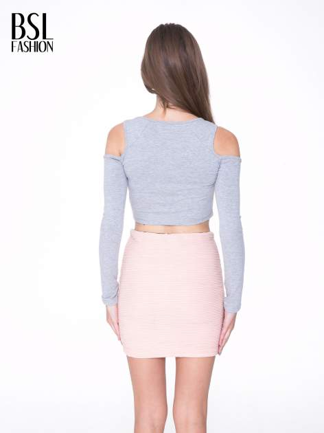 Szary crop top z rękawami cut out                                  zdj.                                  4
