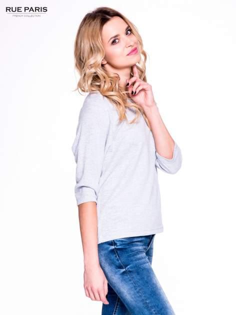 Szary klasyczny sweterek z luźnym rękawkiem 3/4                                  zdj.                                  3
