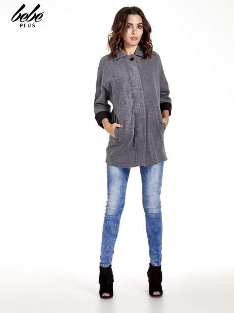 Szary melanżowy prosty płaszcz z kołnierzykiem                                  zdj.                                  7