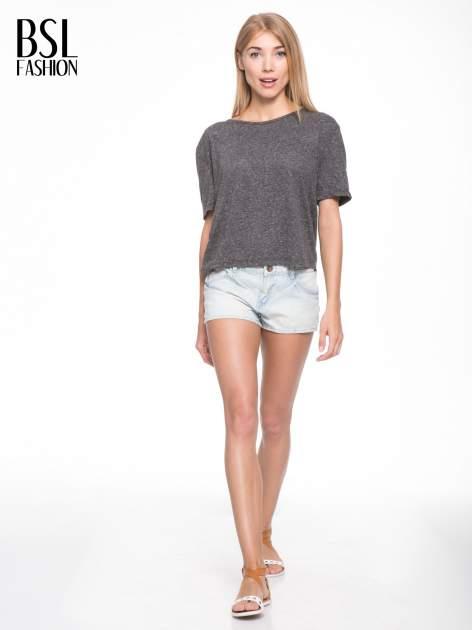 Szary melanżowy t-shirt o luźnym kroju                                  zdj.                                  6