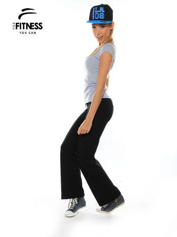 Szary prosty t-shirt For Fitness                                  zdj.                                  1