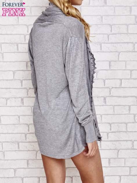 Szary sweter kardigan z ażurowym przodem                                  zdj.                                  4