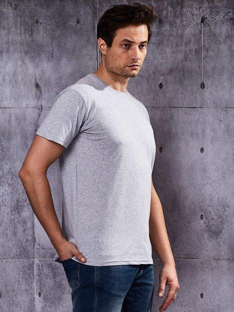 Szary t-shirt męski                               zdj.                              4